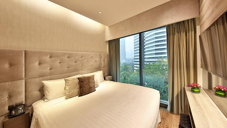 Bedroom at Pan Pacific Serviced Suites Beach Road, Singapore