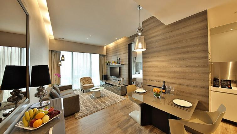 Living room at Pan Pacific Serviced Suites Beach Road, Singapore
