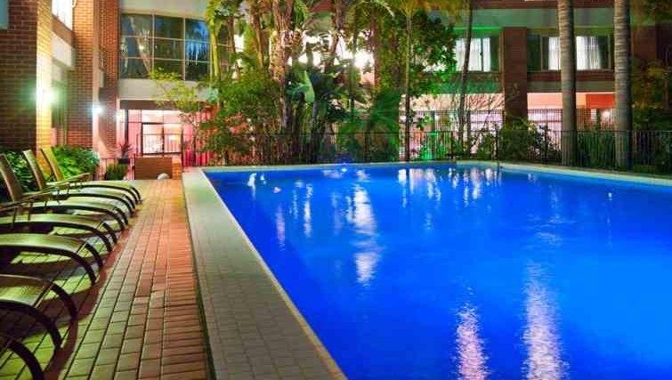 Swimming pool at Adina Apartment Hotel Sydney, Surry Hills
