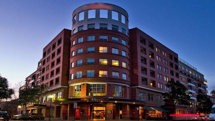Attractive exterior of Adina Apartment Hotel Sydney, Surry Hills