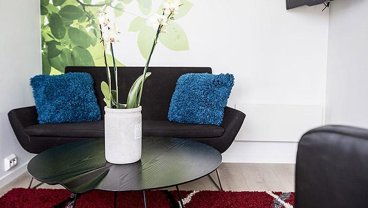 Sofa at Kirkebakken Apartments