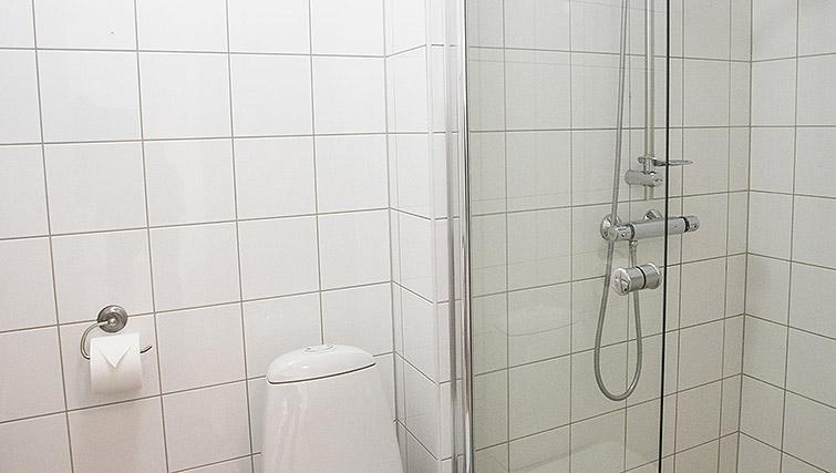Shower room at Kirkebakken Apartments