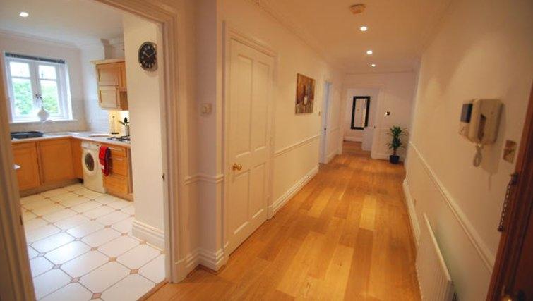 Welcoming hallway in Richmond Bridge Estate Apartments