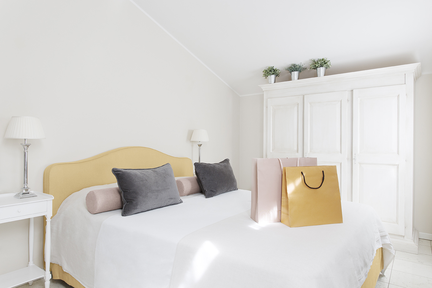 Modern bedding at Residence Adriano