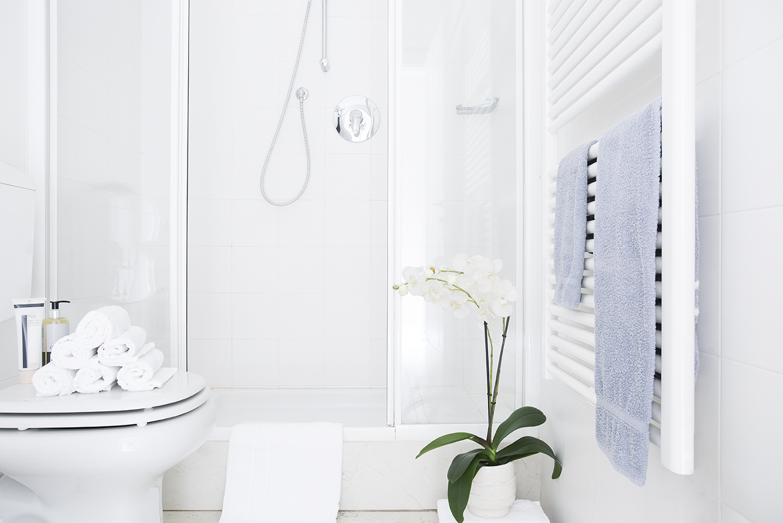 Bright bathroom at Residence Adriano