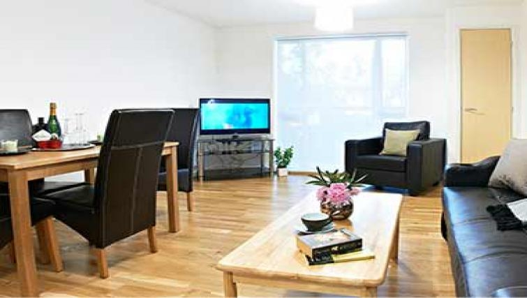 Multifunctional living area in Borehamwood Apartments