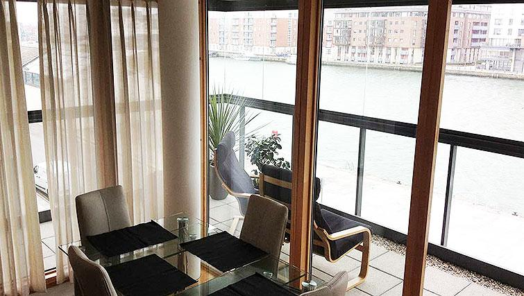 Dining area in Hanover Dock Apartment