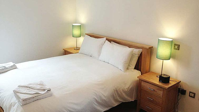 Bedroom in Hanover Dock Apartment