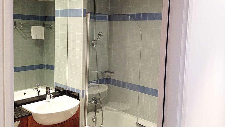 Bathroom in Hanover Dock Apartment