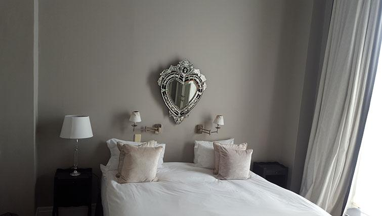 Ideal bedroom in Mutual Heights Apartments
