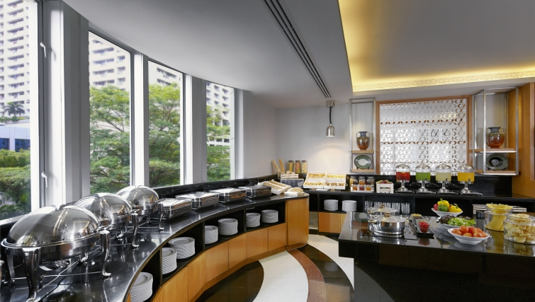 Modest restaurant in Marriot Executive Apartments Mayfair - Bangkok