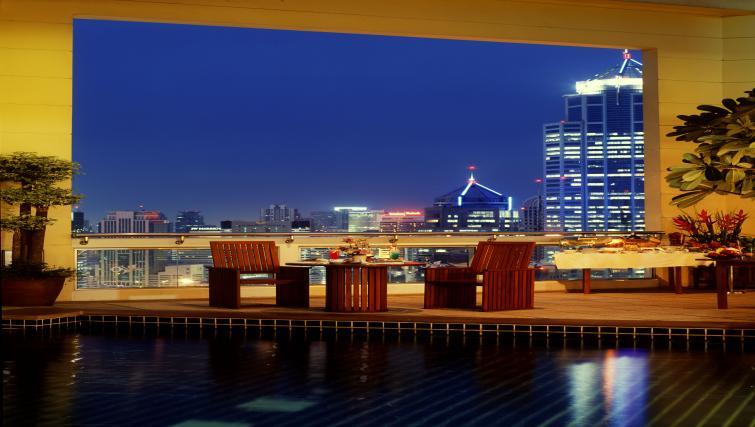 Bar at Marriot Executive Apartments Mayfair - Bangkok