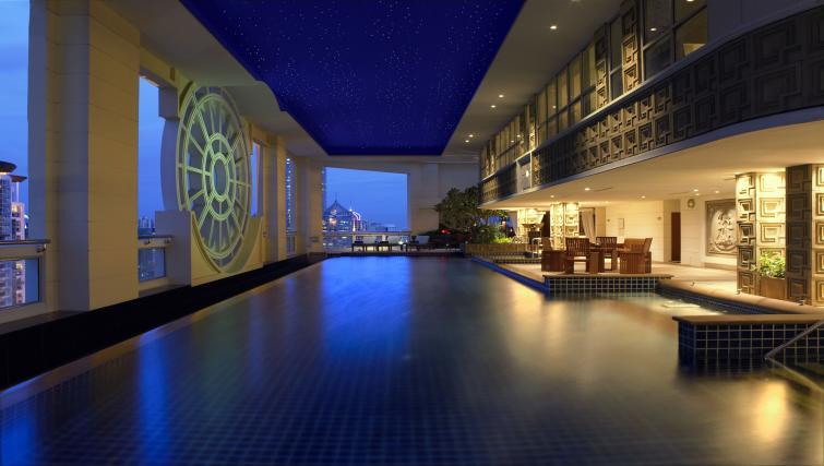 Pool at Marriot Executive Apartments Mayfair - Bangkok