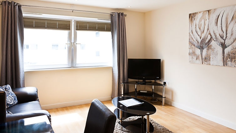 Living area at Swindon Paramount Apartments