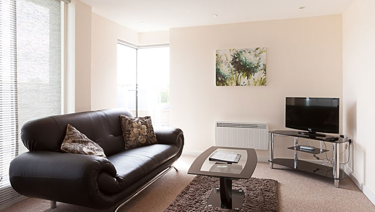 Living area in Swindon Paramount Apartments