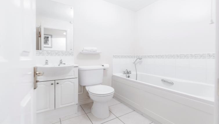 Bathroom at Sabin Gates Apartment