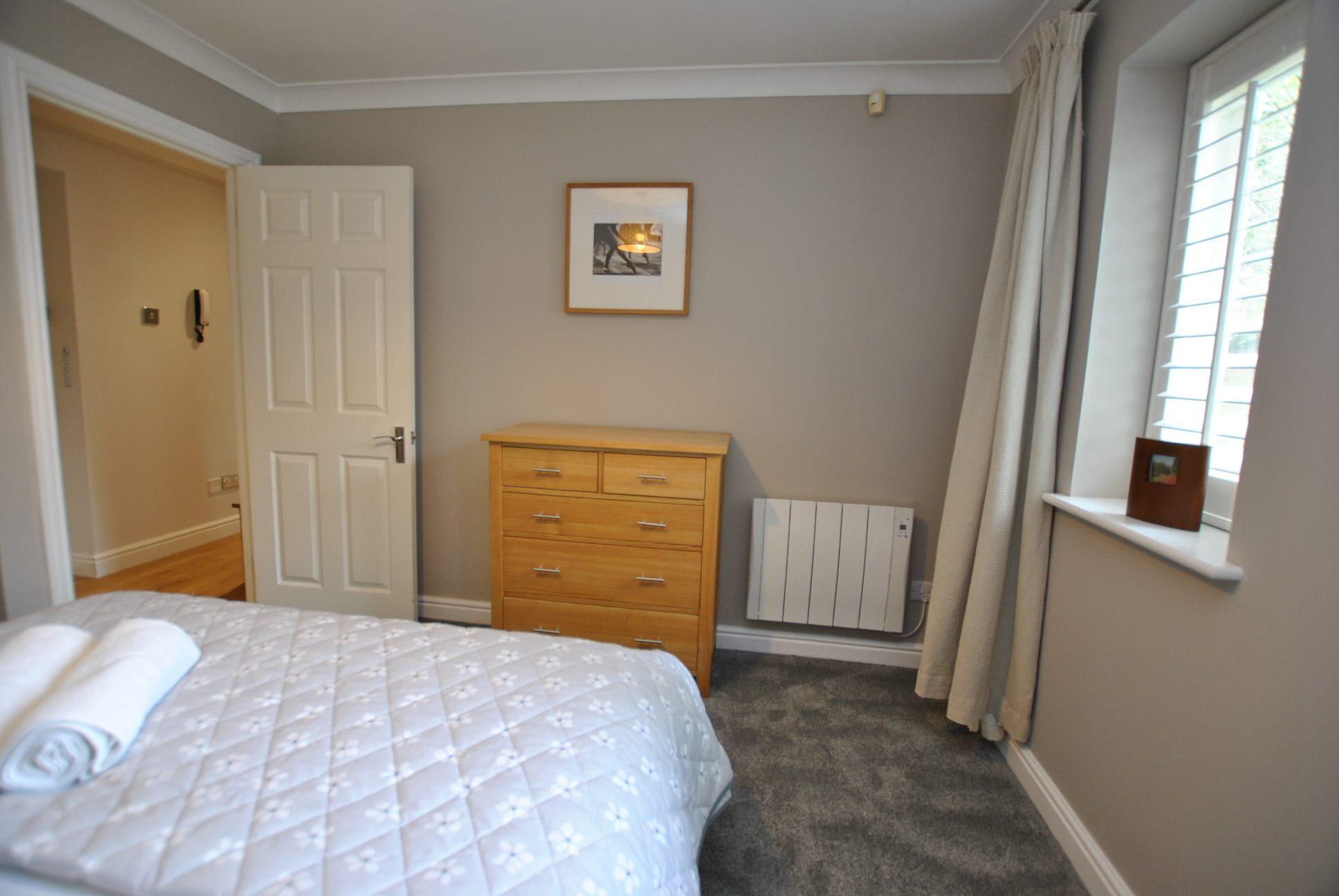 Spacious bedroom at Elizabeth Court Apartments