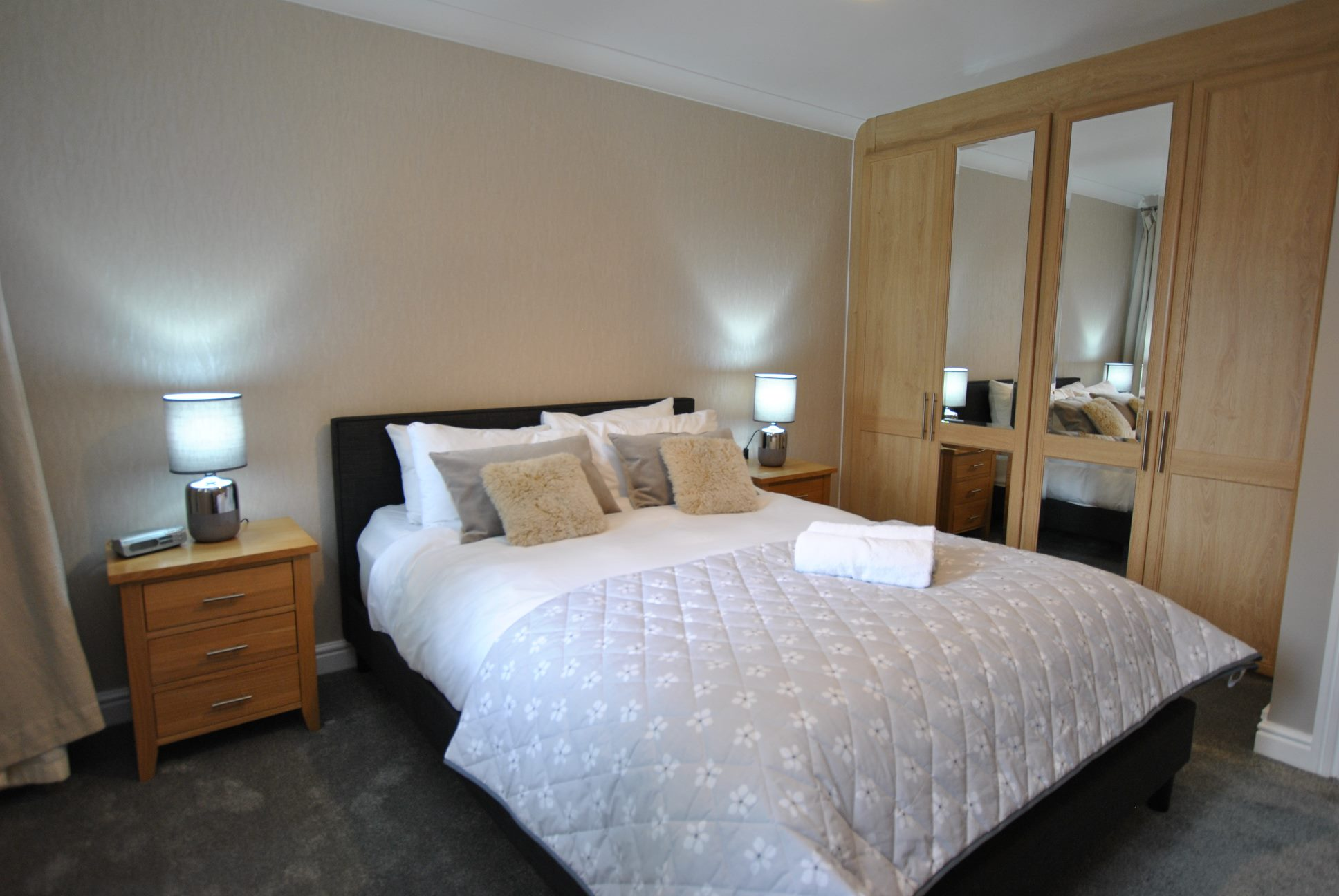 Double bed at Elizabeth Court Apartments