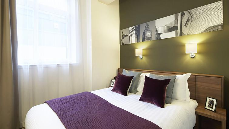 Artistic bedroom at the Citadines Holborn & Covent Garden London
