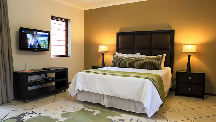 Bedroom at Times Square Executive Suites