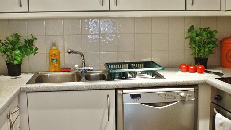 Kitchen at Abbotts Chambers Apartments