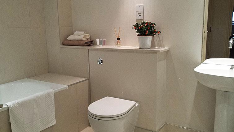 WC at Astral House Apartments