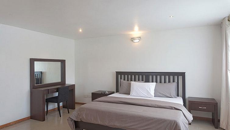 Bedroom at 34 Cameron Road Apartments