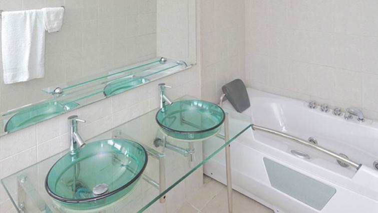 Bathroom at 34 Cameron Road Apartments