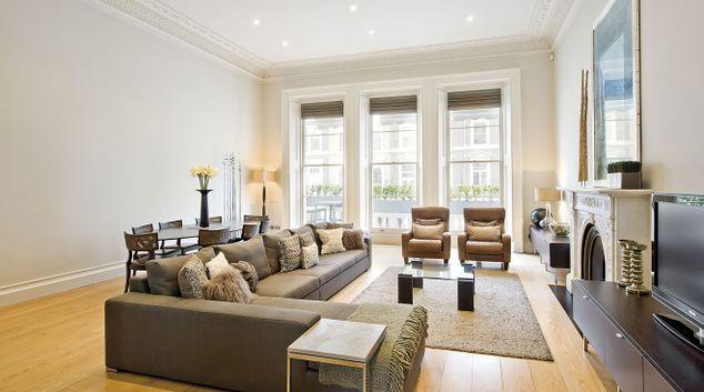 Living room at Cornwall Gardens Apartments