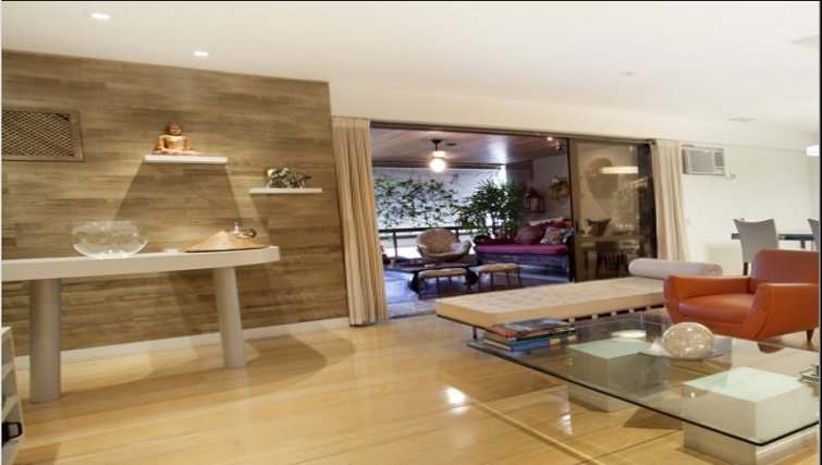 Open plan living area in Sweet Om Apartment