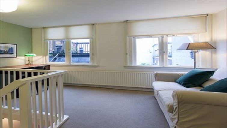 Tidy landing area in Lisa Apartment, Amsterdam