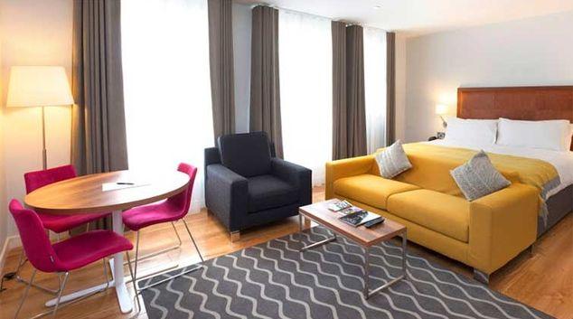 Living area at Premier Suites Dublin Ballsbridge