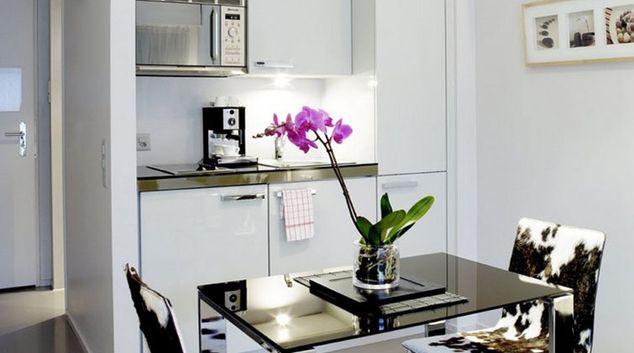 Kitchen at Binzmuhlestrasse 48 Apartments