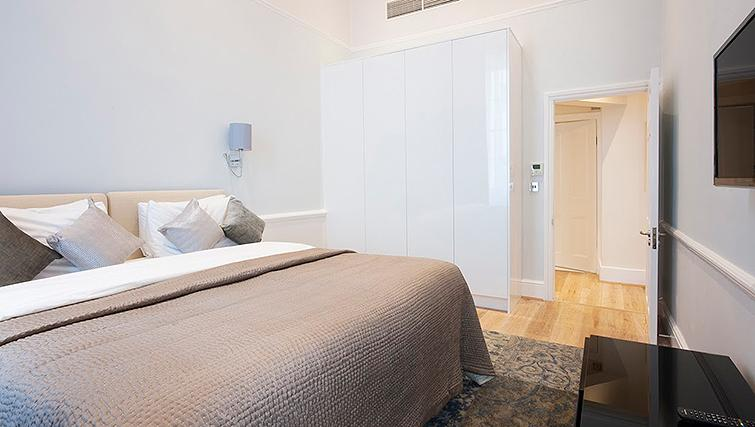 Elegant bedroom at 17 Hertford Street Apartments