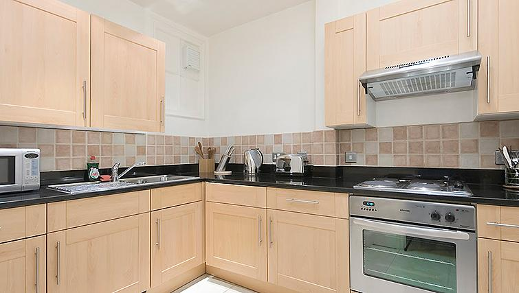 Well equipped kitchen at 17 Hertford Street Apartments