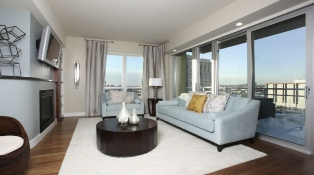 Living room at Cherry Creek Apartmentss