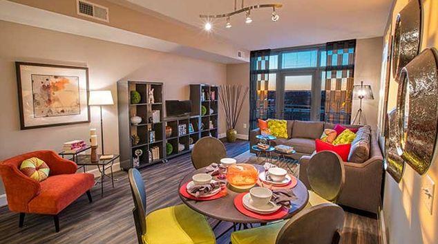 Living area Reston Town Centre Apartments