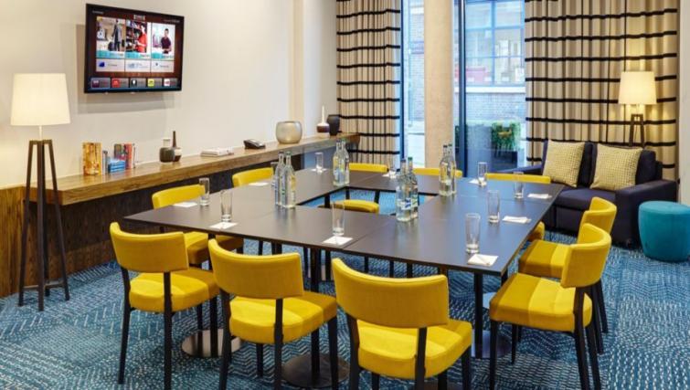 Meeting room at Staybridge Suites London Vauxhall