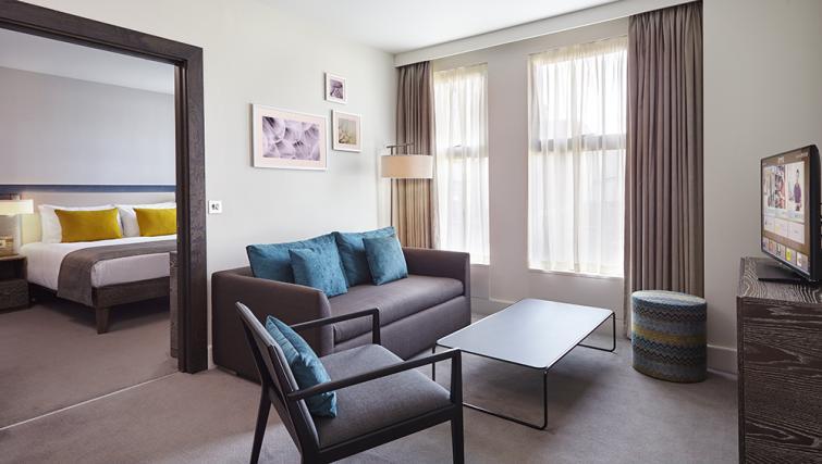 Lounge at Staybridge Suites London Vauxhall