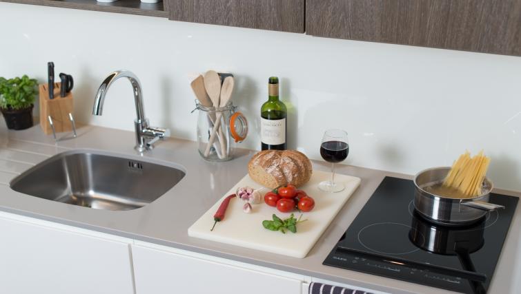Kitchen facilities at Staybridge Suites London Vauxhall