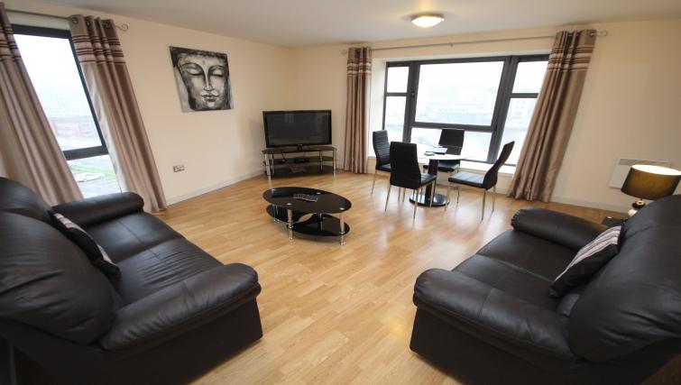 Versatile living area in Baltic Quays Apartments