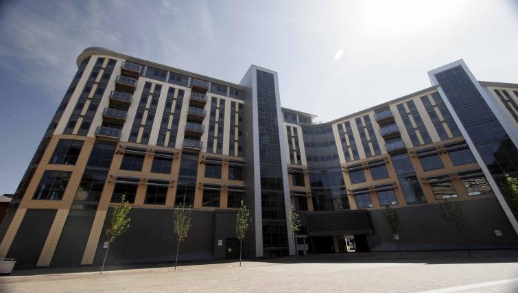 Towering exterior of City Quadrant Apartments