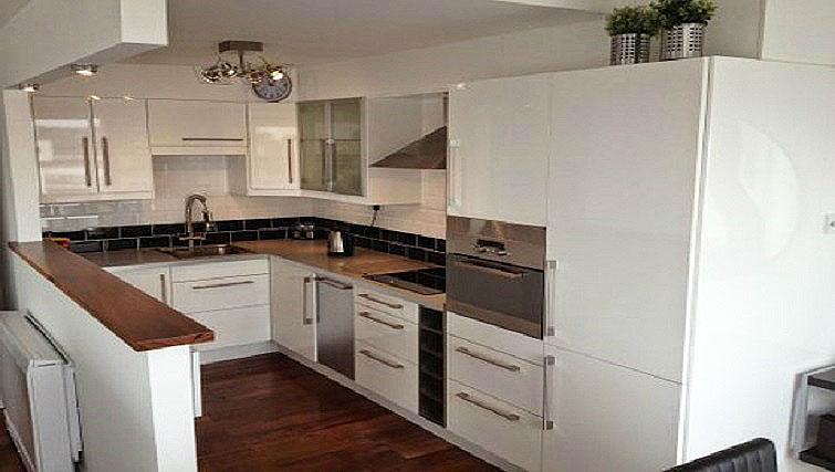 Fully equipped kitchen in Millenium Tower Apartments