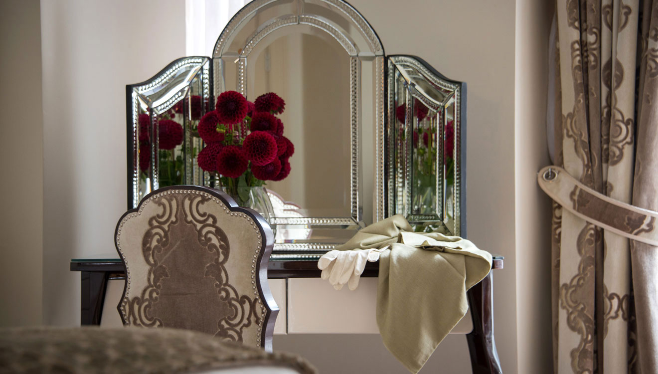 Dressing table at The Apartments by The Sloane Club