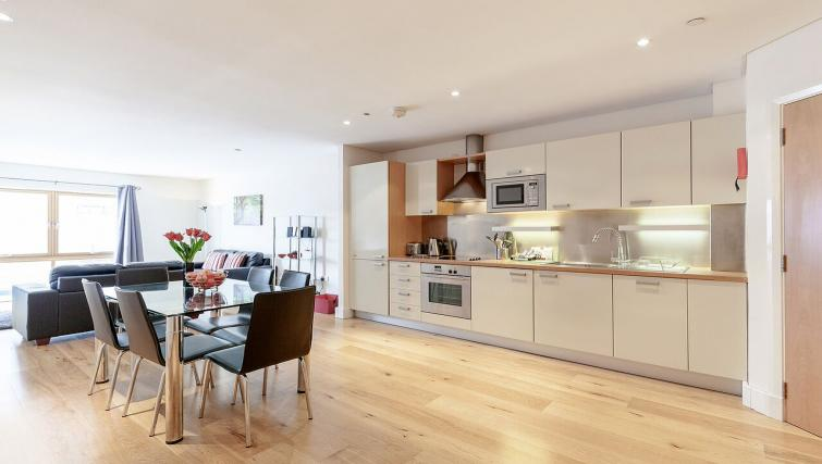 Outstanding kitchen in Marina Place Apartments