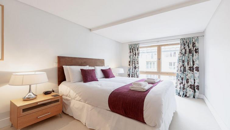 Attractive bedroom in Marina Place Apartments