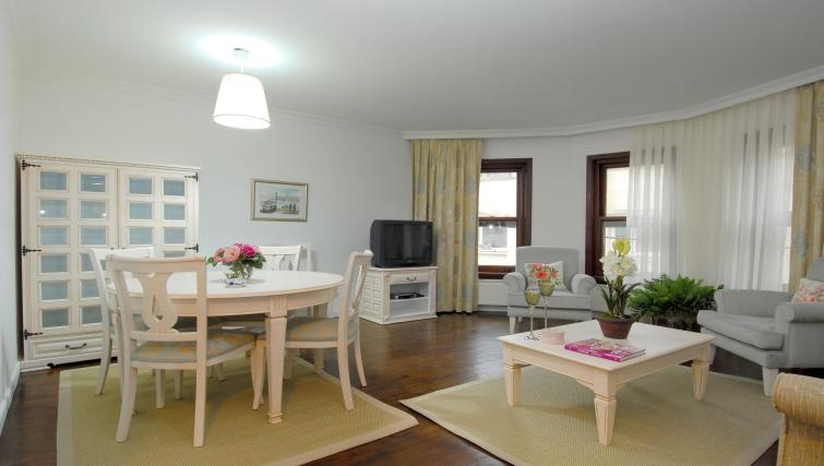 Living area at Cheya Residences Rumelihisarı