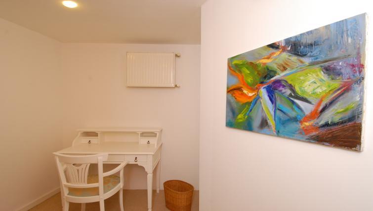 Study area at Cheya Residences Rumelihisarı