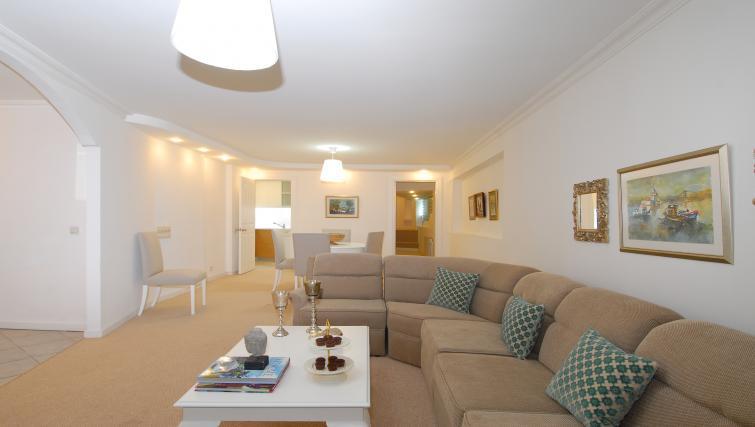 Comfortable living area at Cheya Residences Rumelihisarı