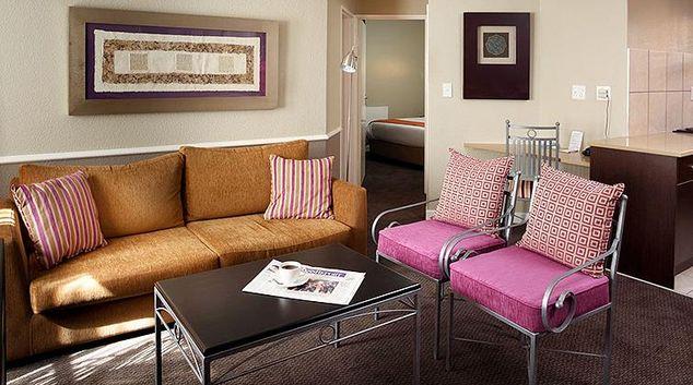 Living area at Mercure Johannesburg Bedfordview Apartments